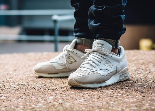 New Balance 1500 White Fawn (sample) - Tjspoors (1)