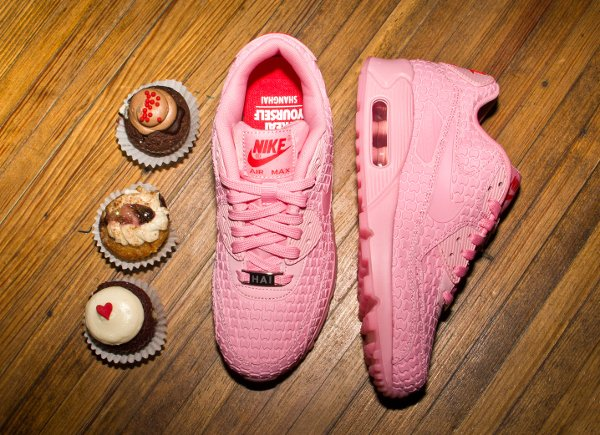 Nike Air Max 90 Pink Space Pink Chilling Red (1)