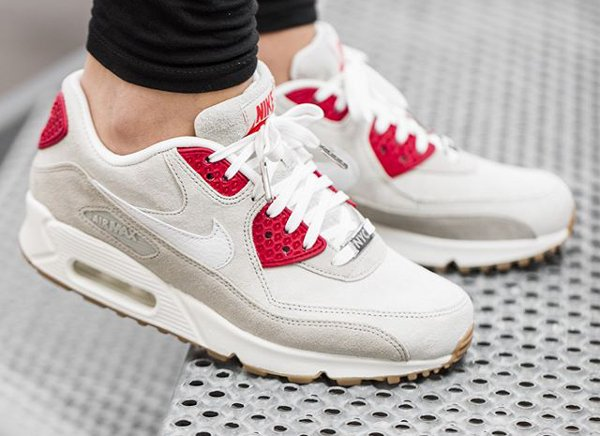 Nike Air Max 90 QS City NYC Strawberry Cheesecake