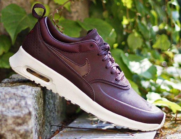 nike air max thea prm mahogany sneakers actus. Black Bedroom Furniture Sets. Home Design Ideas