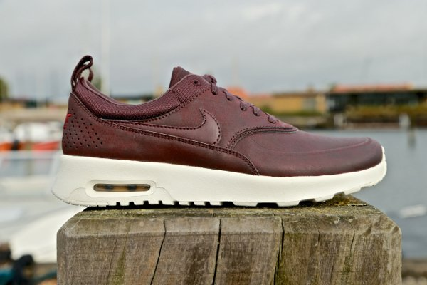 Nike Air Max Thea Premium cuir acajou (3)