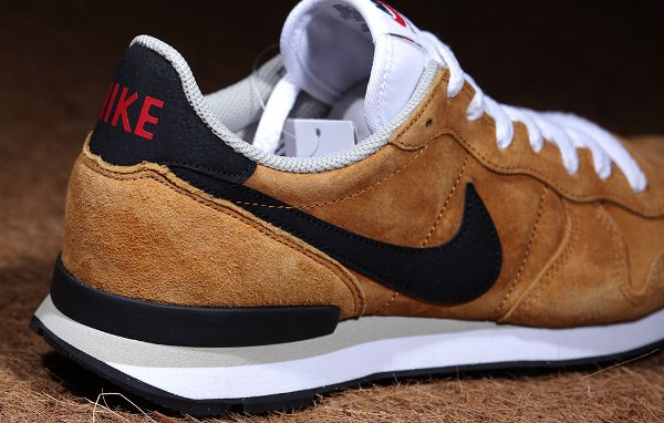 Nike Internationalist LTR Bronze Black Beige (3)