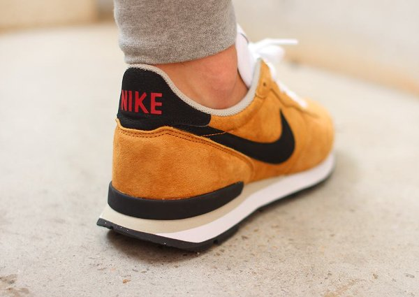 Nike Internationalist LTR Bronze Black Beige (4)