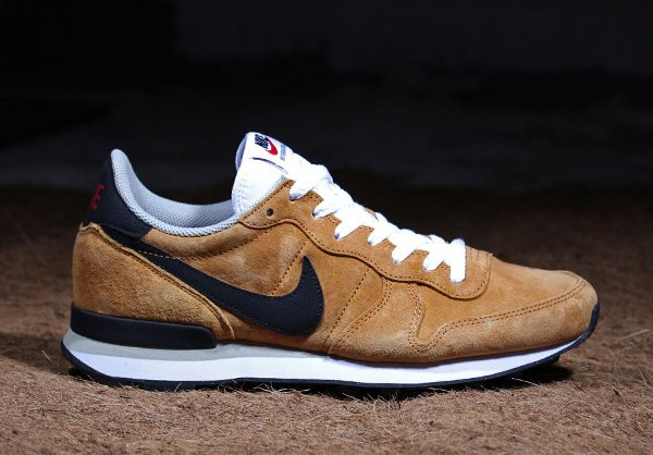 Nike Internationalist Leather Bronze pas cher (2)