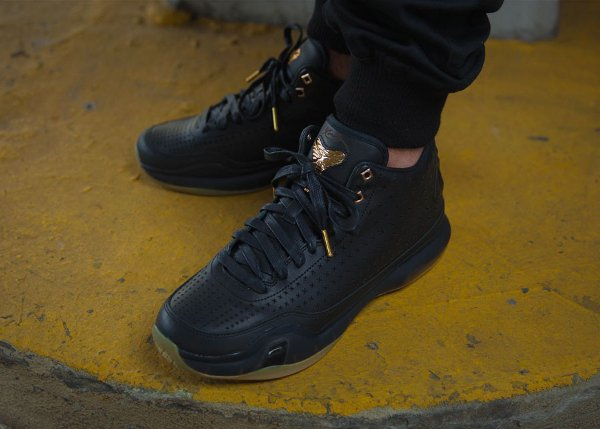 hot sale online 0266e b2880 ... buy nike kobe x mid ext black gum gold 2 3d378 910c1