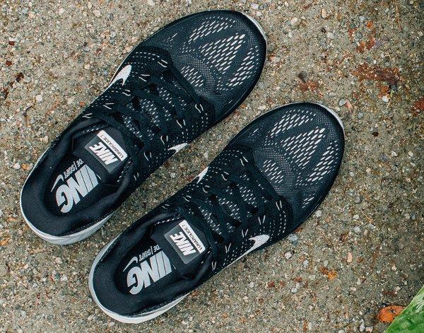 new products 37fa9 b5539 Nike Lunarglide 7 Black White : où l'acheter ?