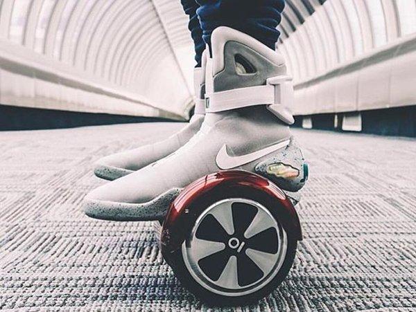 Nike Mag - IO HAWK