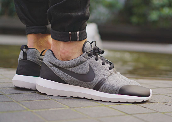 premium selection 6bcd0 2e9d2 ... nm w sp fleece pack p d26c4 a5ca5; italy nike roshe run tp cool grey  black cbe7a 4ea2b