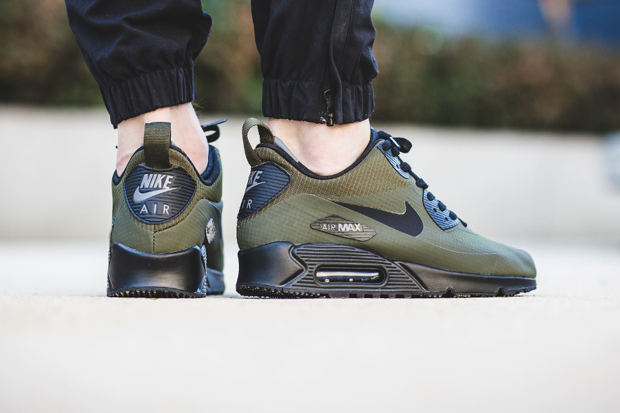 avis-basket-nike-air-max-90-mid-winter-