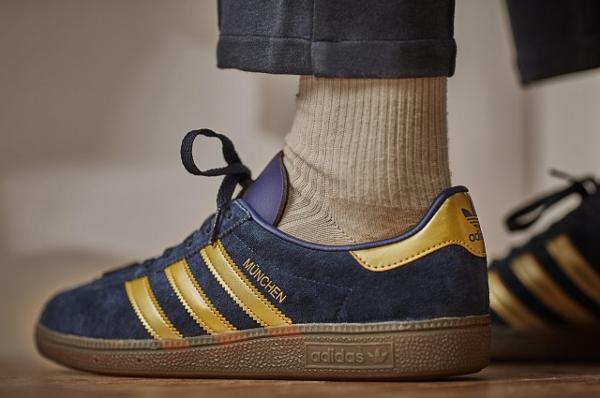 Adidas Spezial München 1982 bleue dorée (2)