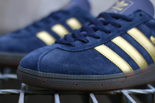 Adidas Spezial München 1982 bleue dorée (7)