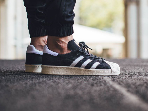 Adidas Superstar 80's Primeknit Black Gold pas cher (2)