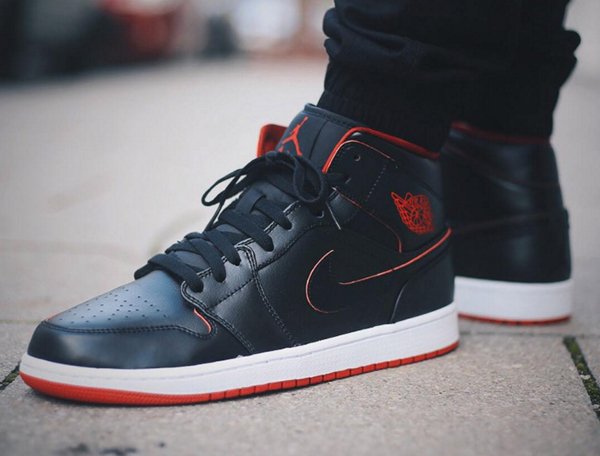 Air Jordan 1 Mid Black Red Lance Mountain (3)