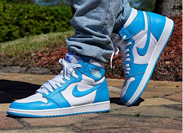 Air Jordan 1 Retro High OG UNC Powder Blue pas cher (2)