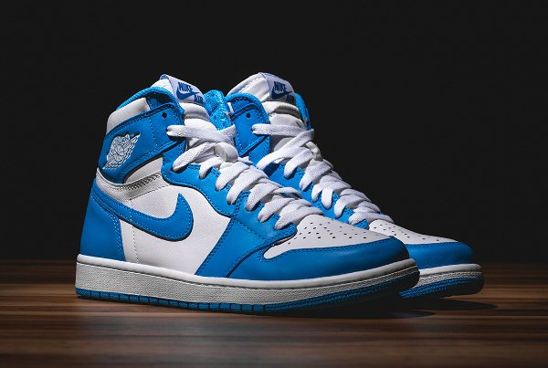 Air Jordan 1 Retro High OG White Dark Powder Blue 2015 (3)