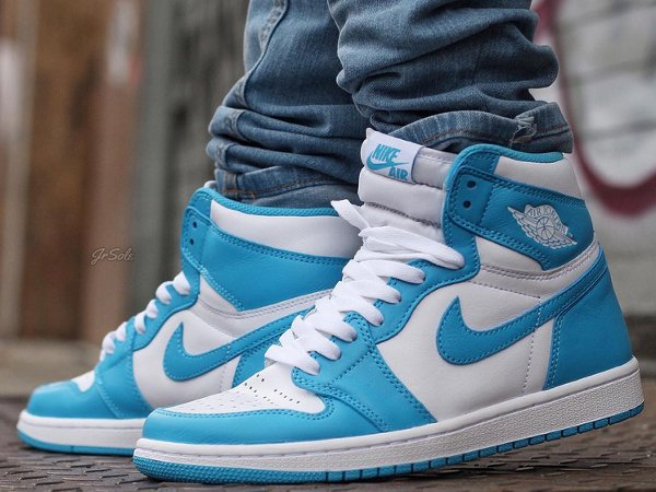 Air Jordan 1 Retro High OG White Dark Powder Blue 2015 (7)