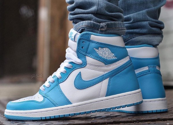 Air Jordan 1 Retro High OG White Dark Powder Blue 2015 (8)