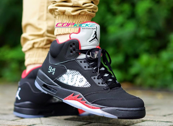 Air Jordan 5 x Supreme NYC 94 Black Red pas cher
