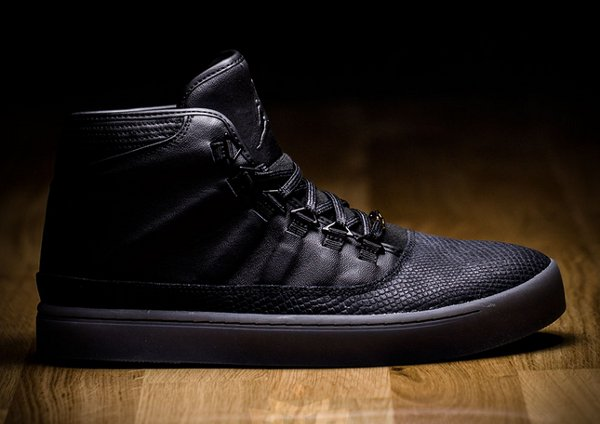 Air Jordan Westbrook 0 Croc Black Gold pas cher (3)