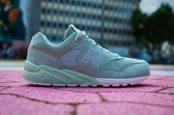 New Balance MRT580 MC (1)