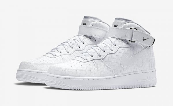 Nike Air Force 1 Mid 07 LV8 Quilted 'White & Black'