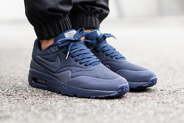 Nike Air Max 1 Ultra Moire Midnight Navy (1)