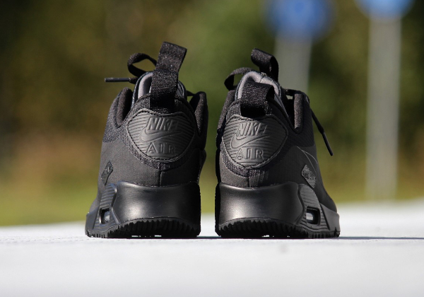 Nike Air Max 90 Mid WNTR noire (4)