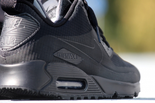 Nike Air Max 90 Mid WNTR noire (5)