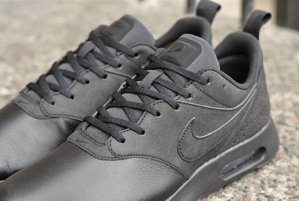 Nike Air Max Tavas LTR noir (2)