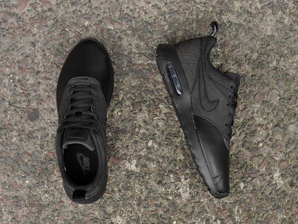 Nike Air Max Tavas LTR noir (4)