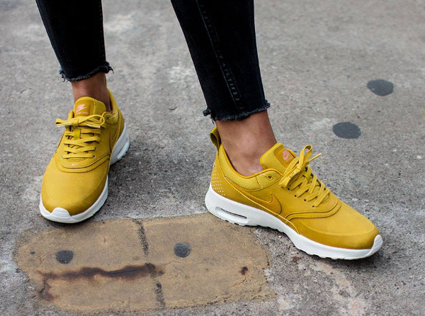 7650b875ba19d Nike Air Max Thea PRM Citron Bronze   où l acheter     Sneakers-actus
