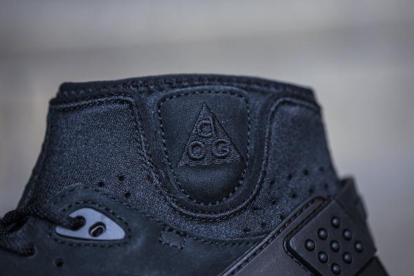 Nike Air Mowabb ACG OG noire (3)