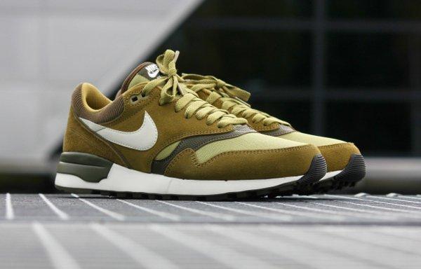 Nike Air Odyssey  Suede vert olive (1)