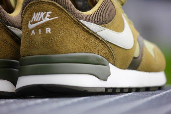 Nike Air Odyssey  Suede vert olive (6)
