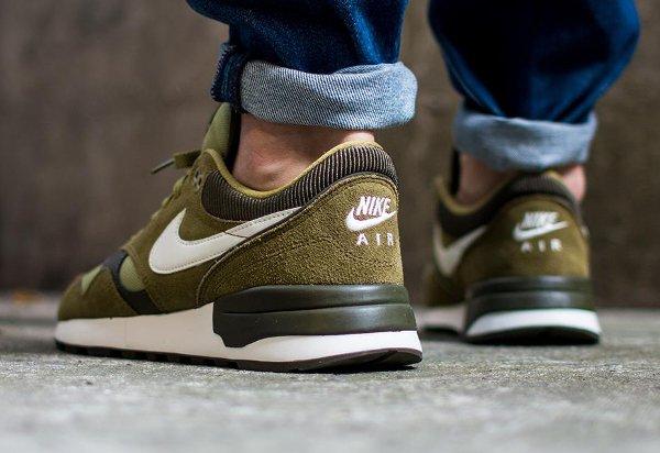 Nike Air Odyssey  Suede vert olive (7)