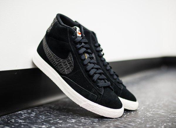 Nike Blazer Mid Premium Vintage 'Croc'