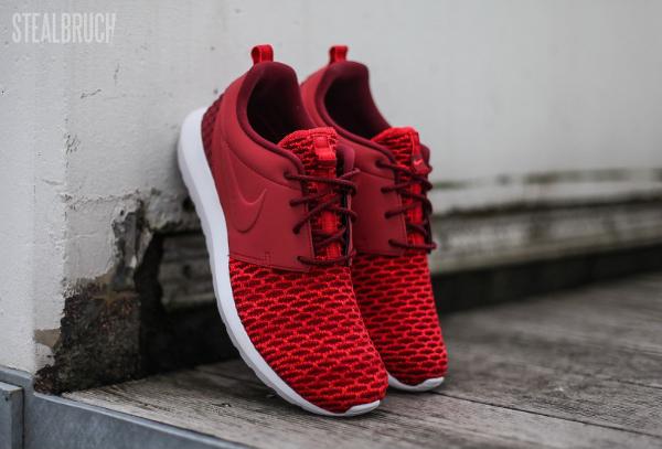 regarder 470df 931c5 Où acheter la Nike Roshe Run Flyknit NM Gym Red ?