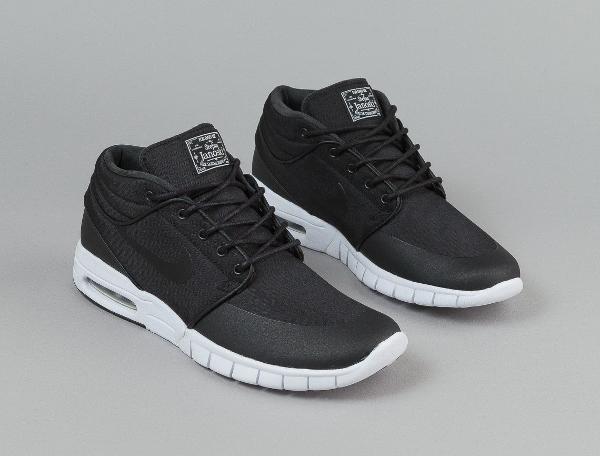 Stefan Janoski Mid Top Shoes