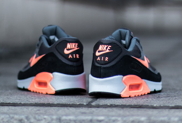 Où acheter la Nike Air Max 90 Essential Grey Sunset Glow ?