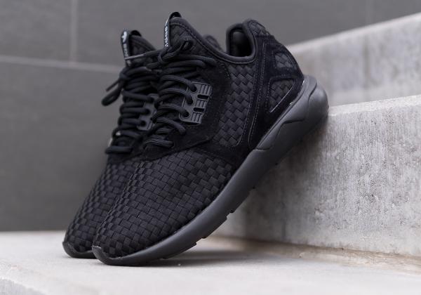 Adidas Tubular Runner tiges tressés noires (1)