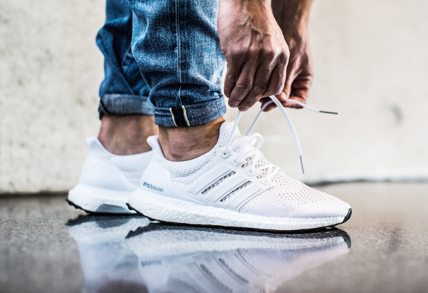 ultra boost blanche et rouge