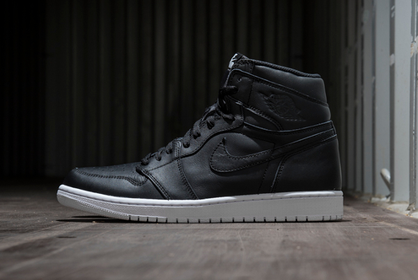 Air Jordan 1 Retro High OG Black Premium Leather (1-1)