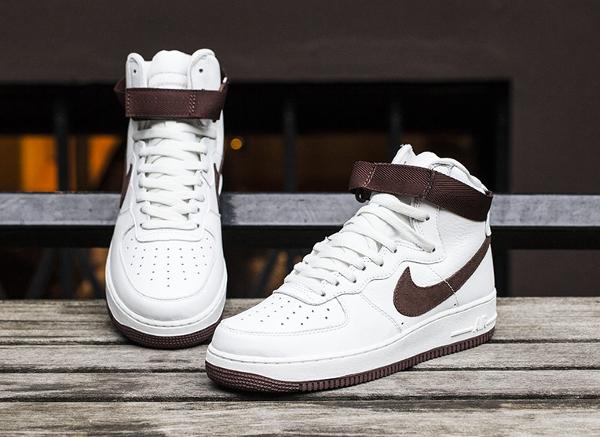 Nike Air Force 1 Hi QS Retro White Summit Chocolate (13)