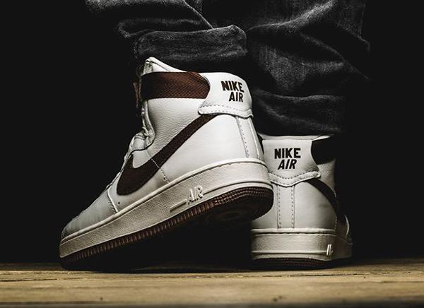 Nike Air Force 1 High QS Retro Chocolate (2)