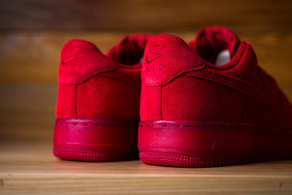 Nike Air Force 1 Low Suede rouge (4)