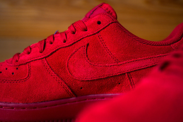 Nike Air Force 1 Low Suede rouge (5)