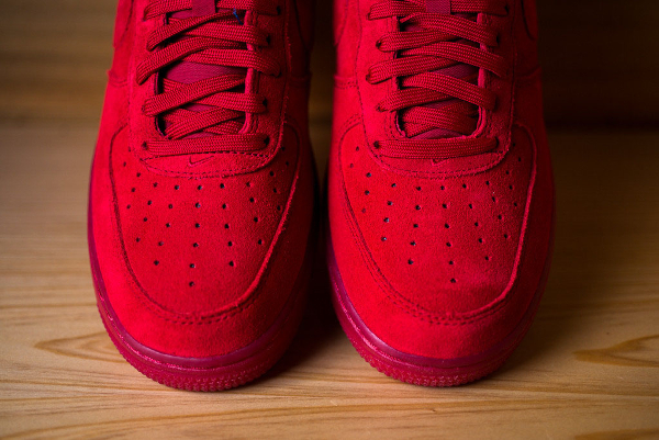Nike Air Force 1 Low Suede rouge (7)