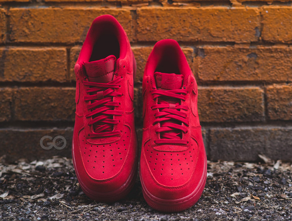 Nike Air Force 1 Low Suede rouge (8)