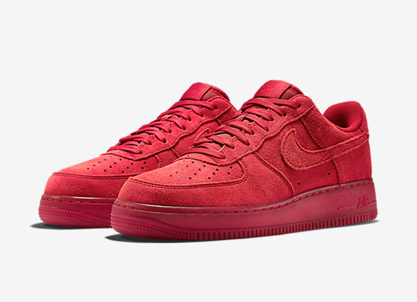 Nike Air Force 1 basse en daim rouge homme (1)