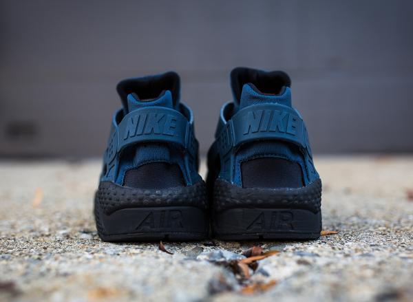 sports shoes 7d9fe 87ebe Nike Air Huarache PRM Black Squadron Blue (2)